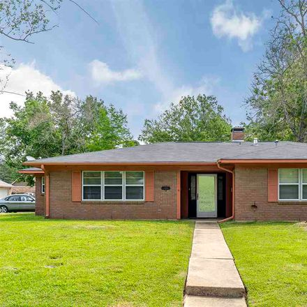 Rent this 3 bed house on Rockwall Drive in Longview, TX 75604