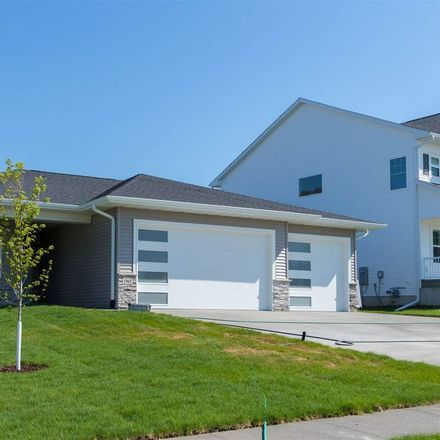 Rent this 5 bed house on North Liberty
