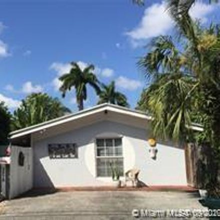 Rent this 2 bed duplex on 2575 Trapp Avenue in Miami, FL 33133