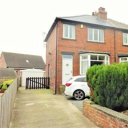 Rent this 3 bed house on Whitehall Road Back Lane in Whitehall Road, Drighlington BD11 1LN