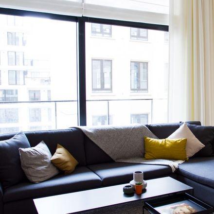 Rent this 3 bed apartment on Chambon in Rue d'Argent - Zilverstraat, 1000 Ville de Bruxelles - Stad Brussel