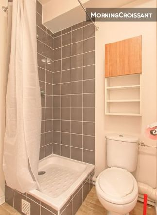 Rent this 0 bed room on 38 Rue Raymond Marcheron in 92170 Vanves, France