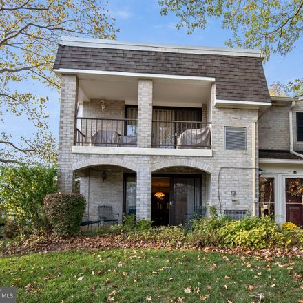 Rent this 3 bed condo on 501 North Bethlehem Pike in Ambler, PA 19002