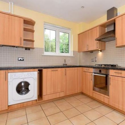 Rent this 2 bed apartment on Blacknest SL5 0JZ