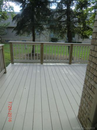 Rent this 3 bed loft on Driftwood Dr in Macomb, MI