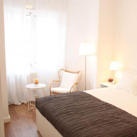 Rent this 3 bed room on Carrer del Mig in 08970 Sant Joan Despí, Spain