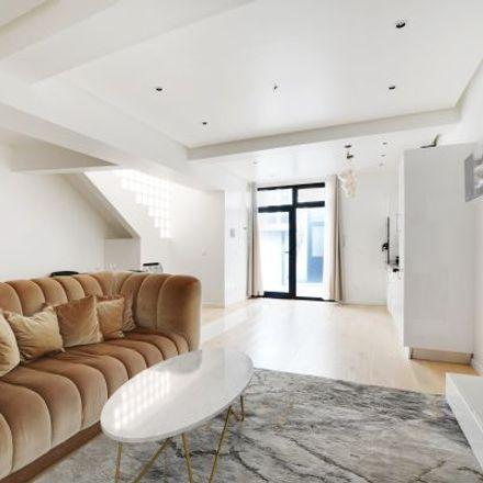 Rent this 5 bed apartment on 8 Rue Béatrix Dussane in 75015 Paris, France
