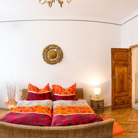 Rent this 2 bed apartment on Pezzlgasse in 1170, Wien