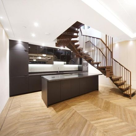 Rent this 4 bed house on Belmont Street in London NW1 8HH, United Kingdom