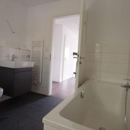 Rent this 3 bed apartment on Gruscheweg in 15366 Neuenhagen, Germany