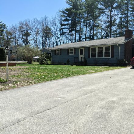 Rent this 3 bed house on 18 Oak Lane in Windham, ME 04062