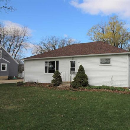 Rent this 3 bed apartment on 1817 North 6th Street in Estherville, IA 51334