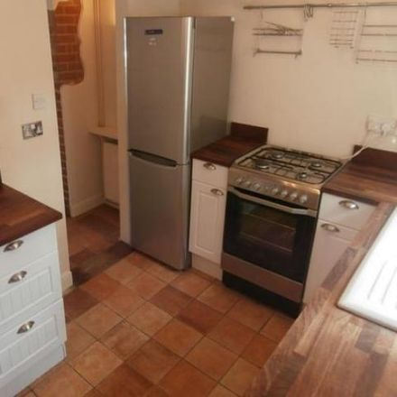 Rent this 2 bed townhouse on 65 in High Street, Milton OX14 4EJ