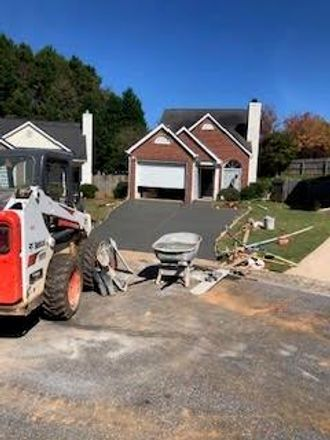 Rent this 3 bed house on 1124 Rook Place in Woodstock, GA 30188