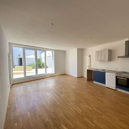 Rent this 3 bed townhouse on Frankfurt in Bockenheim, HESSE
