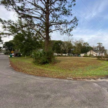 Rent this 0 bed apartment on 194 22nd Avenue in Apalachicola, FL 32320