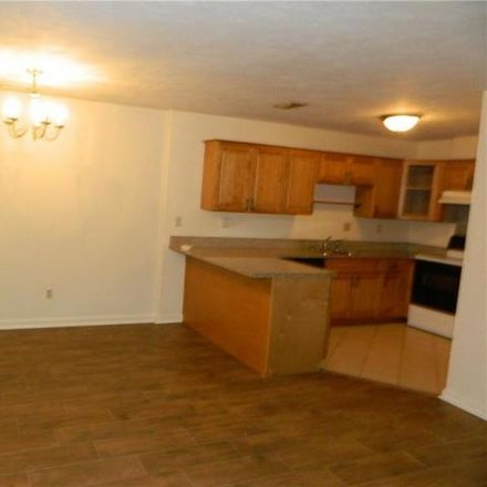 Rent this 2 bed house on 925 Wickford Drive in Chesapeake, VA 23320