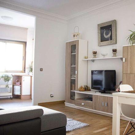 Rent this 3 bed apartment on Calle de Carretas