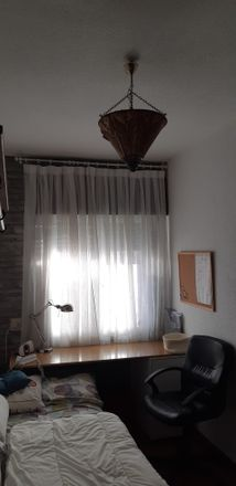Rent this 2 bed room on Paseo de Extremadura in Madrid, España