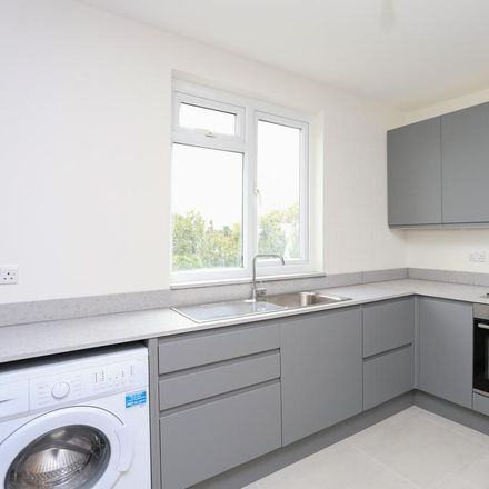 Rent this 3 bed apartment on KingFish in 1 The Triangle, London KT1 3RU