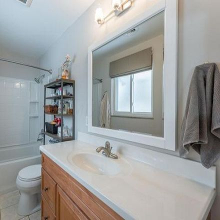 Rent this 4 bed house on 2276 Glenmere Road in Upper Arlington, OH 43220
