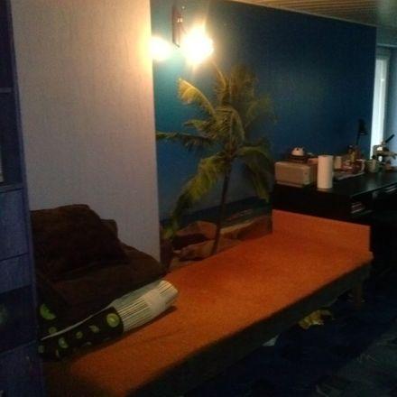 Rent this 5 bed room on Ruchliwa 21 in 90-001 Łódź, Polska