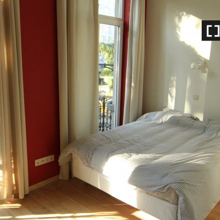 Rent this 0 bed apartment on Rue de l'Abdication - Troonsafstandsstraat 37 in 1000 Ville de Bruxelles - Stad Brussel, Belgium