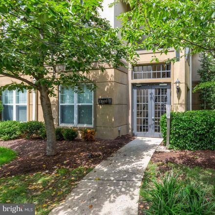 Rent this 2 bed condo on Old Georgetown Rd in Rockville, MD