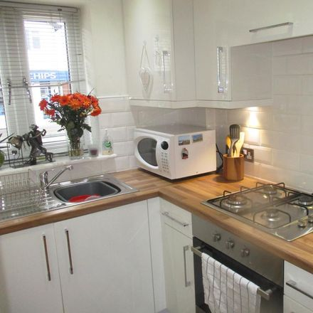 Rent this 2 bed apartment on Mill Hill Road in Wirral CH61 4XQ, United Kingdom