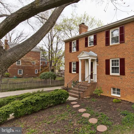 Rent this 4 bed house on 127 North Garfield Street in Arlington, VA 22201