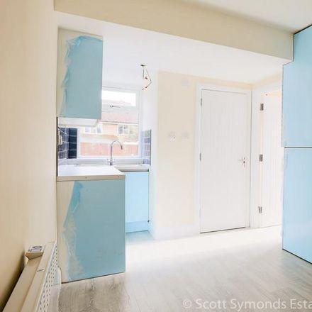 Rent this 1 bed apartment on Burnham Grammar in Lower Britwell Road, South Bucks SL2 2NJ