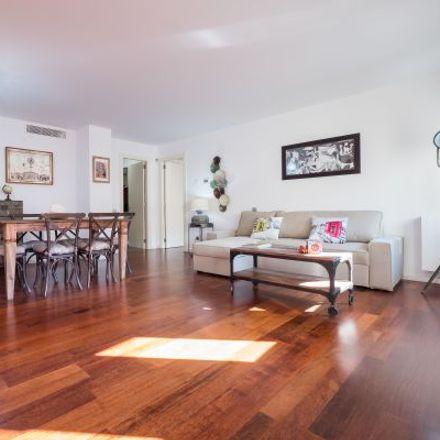 Rent this 3 bed apartment on Carrer de Montsió in 1, 08002 Barcelona