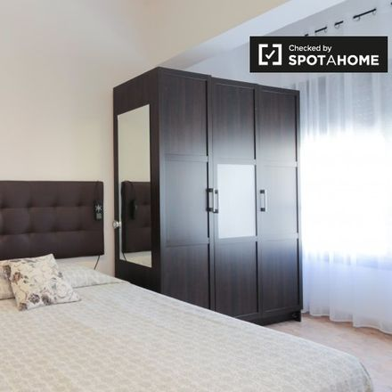 Rent this 4 bed apartment on Carrer de Felip II in 182, 08027 Barcelona