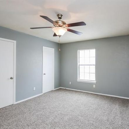 Rent this 3 bed house on 1313 Southridge Drive in Lancaster, TX 75146