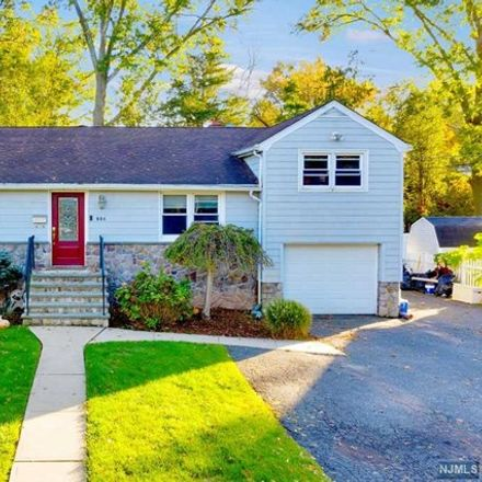 Rent this 5 bed house on 684 Spring Avenue in Ridgewood, NJ 07450