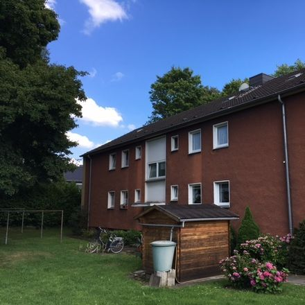 Rent this 3 bed apartment on Dr.-Wilhelm-Roelen-Straße 281a in 47179 Duisburg, Germany