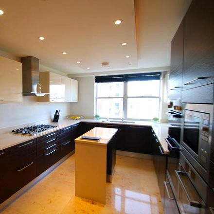 Rent this 5 bed apartment on William Street in 7, London SW1X 9HH