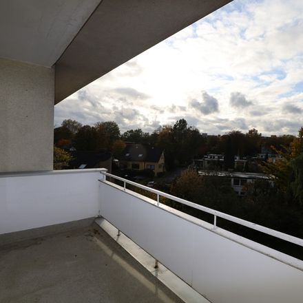 Rent this 3 bed apartment on Breddenkampstraße 28 in 45770 Marl, Germany