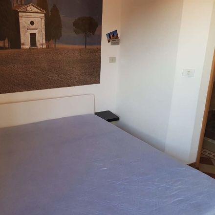 Rent this 2 bed room on Via Santa Caterina in 53100 Siena SI, Italia