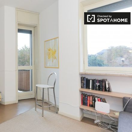Rent this 1 bed apartment on Via Goffredo Mameli in 20129 Milan Milan, Italy