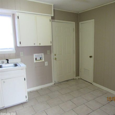 Rent this 2 bed duplex on 1420 Hardy Street in Conway, AR 72034
