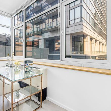 Rent this 1 bed loft on 635 West 42nd Street in New York, NY 10036