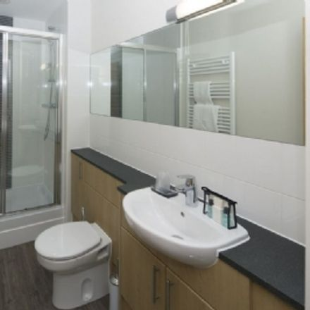 Rent this 1 bed apartment on Miles 33 in Easthampstead Road, Easthampstead RG12 1NJ