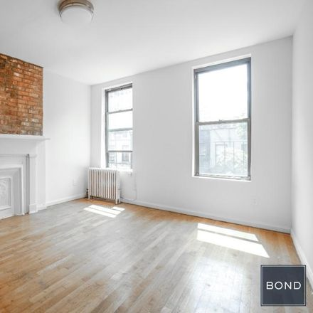 Rent this 1 bed apartment on 334 East 82nd Street in New York, NY 10028