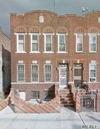 Rent this 3 bed apartment on 217 East 43rd Street in New York, NY 11203