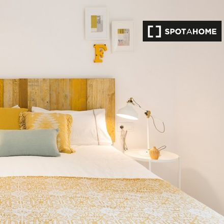 Rent this 2 bed apartment on Parròquia de Sant Medir in Carrer de Mossèn Amadeu Oller, 08014 Barcelona
