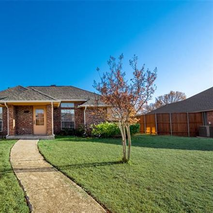 Rent this 3 bed house on 405 West Jefferson Street in Wylie, TX 75098