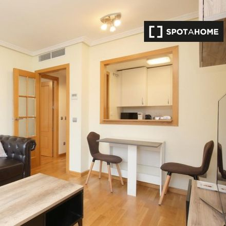 Rent this 1 bed apartment on Calle Bausa in 28001 Madrid, Spain
