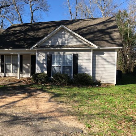 Rent this 3 bed house on Fairfield Ct in Aiken, SC