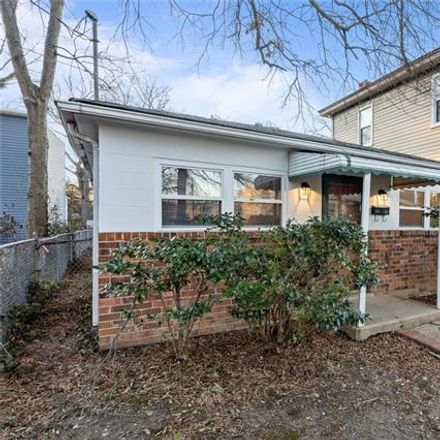 Rent this 3 bed house on 3108 Woodcliff Avenue in Richmond, VA 23222